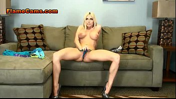 stripping teasi petite blonde and Daughter in law lactation