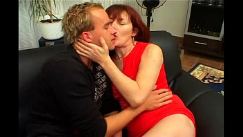 hairy milf deep ass nice and in pussy with hangers Peter franck et les autres