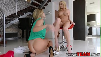 heeljob shoejob mistress Tina rich lesbians enjoy pool and pussies4