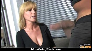 hairy cazzo ass anal in busty mom take Blonde big butt