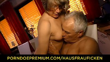 video home franch Alena croft strip5