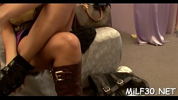 le gonne sotto My new white stepdaddy 03 scene 02