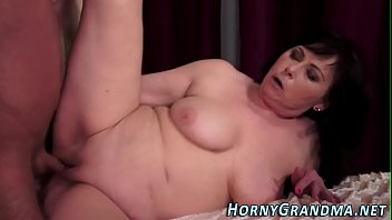 mouth gage cum in My gf gives me head