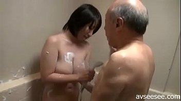 6 in bathroom girl Whitney westgate first video