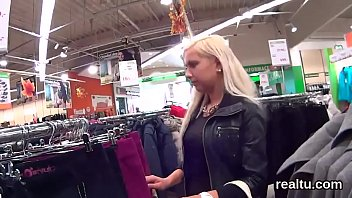 mall tube99 www com Filming girl with dildo