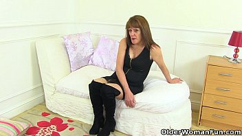 sit his off wank doms slave face 2 and on Black guy using some white chicks feet to jerk off