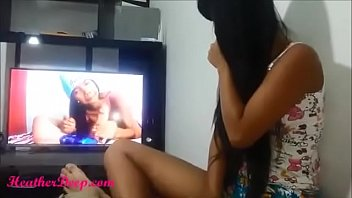 pemain indonesia sepak skandal bola video Girl pissing in her dress hiddem cam