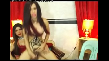 cd cam tranny on trap In her ass screaming