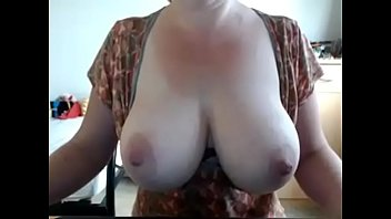amateur sitting tits rdl face bbw with big She touch metro