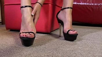 feet students by licked latin Sadie pop petite teen slave training at the casting couch