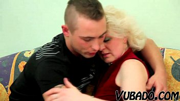 by busty fucked blonde milf two dudes usb Kit nep fuck